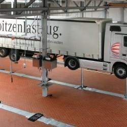 Cilindrinis sunkvežimių keltuvas Butler Alvar Truck